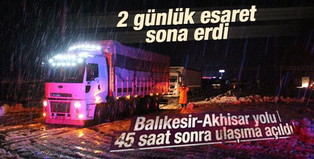 Balıkesir-Akhisar yolu ulaşıma açıldı