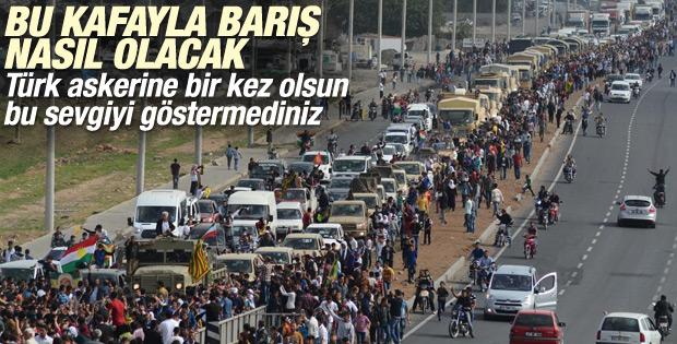 Mardin'de Kobani'ye giden peşmergelere sevgi gösterisi İZLE