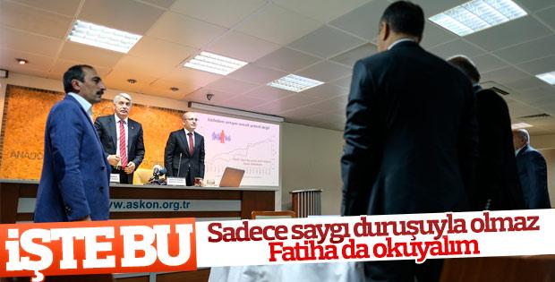 Mehmet Şimşek Atatürk için Fatiha okudu