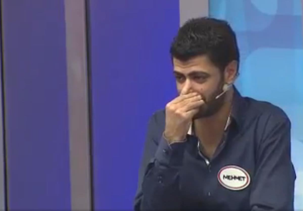 Patlıcan tiki olan yarışmacı kahkahaya boğdu -izle