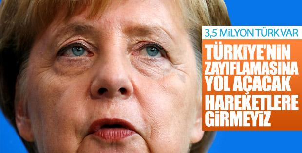 Merkel: Türkiye ekonomisinin güçlü olmasını istiyoruz