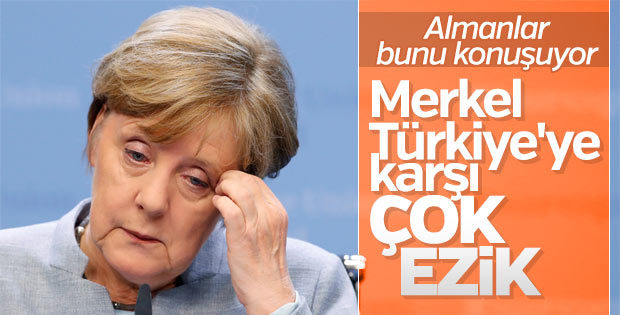 Almanlar Merkel'in Türkiye politikasından memnun değil