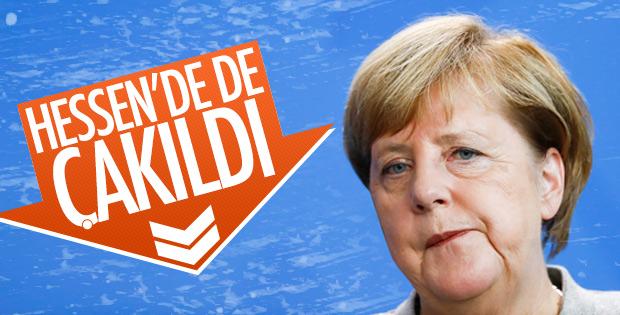 Merkel kan kaybediyor