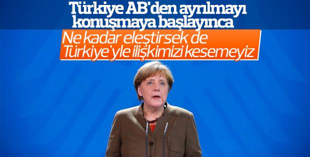 Merkel Türkiye'yle ilişkiler kopsun istemiyor