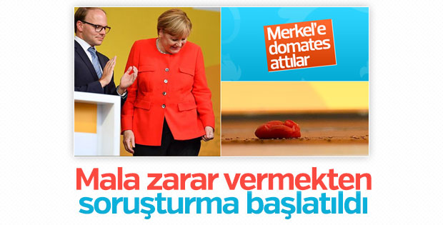 Merkel'e domates atanlar hakkında soruşturma başlatıldı