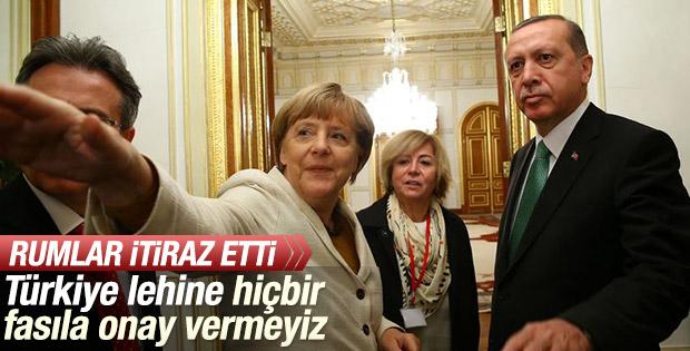 Rum Bakan Yoannis Kasulidis: Türkiye'ye izin vermeyiz