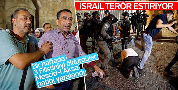 İsrail polisi Mescid-i Aksa cemaatine saldırdı