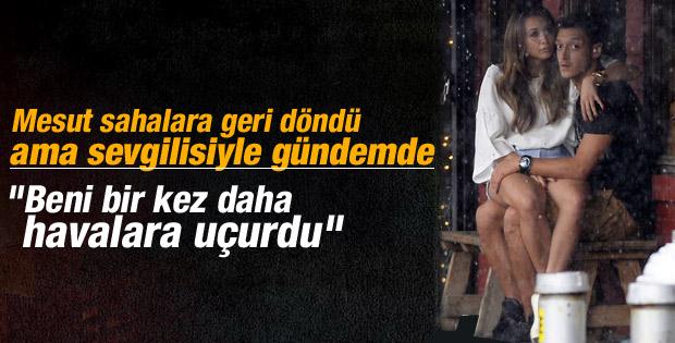 Mesut Özil sevgilisinin adını krampona yazdırdı