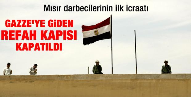 Mısır Refah Sınır kapısını kapattı