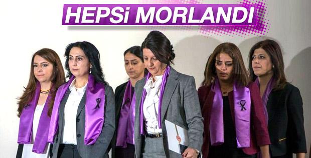 HDP'li kadınlar mor giydi