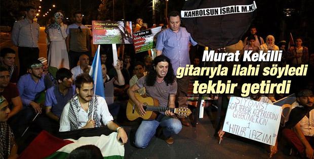 Murat Kekilli Gazze'ye gitarıyla destek verdi