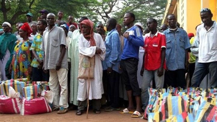 Orta Afrika'da 4 bin Müslüman camilere sığındı