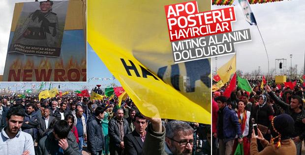 Diyarbakır'daki nevruz kutlamasında 'hayır' pankartları