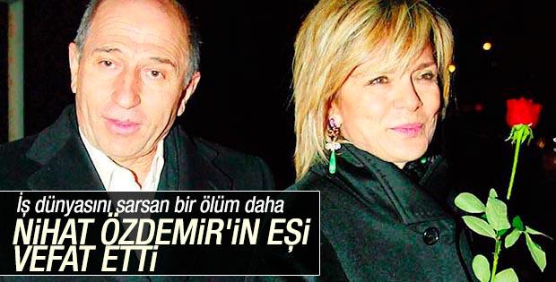Nihat Özdemir'in eşi Gülseren Özdemir vefat etti