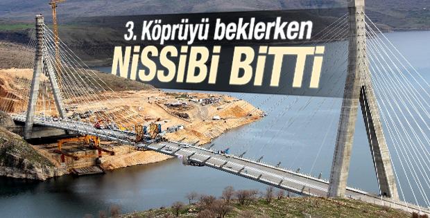 Türkiye'nin 3. büyük köprüsü tamamlandı İZLE