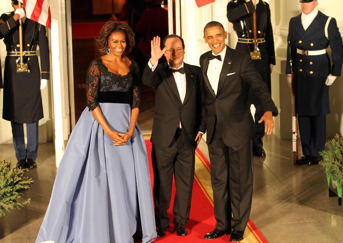Fransa Cumhurbaşkanı Hollande Obama çiftiyle devlet yemeğinde