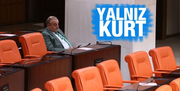 Oktay Vural Meclis'te yalnız kaldı