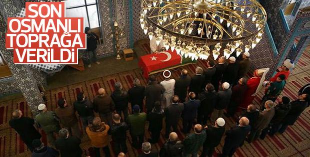 Osmanlı hanedanının torunu New York'ta toprağa verildi