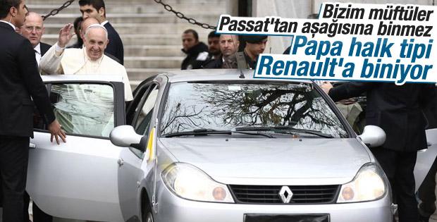 Papa İstanbul'da zırhlı araç kullanmadı