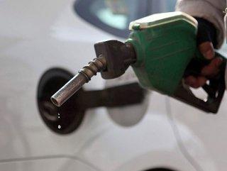 Tavan fiyat uygulamasına geçildi: Benzin fiyatları düştü