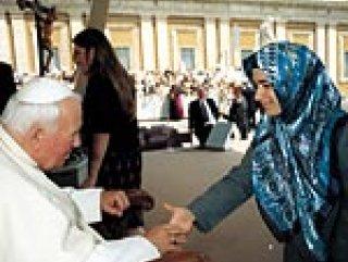 Betül Avcı Vatikan günlerini anlattı