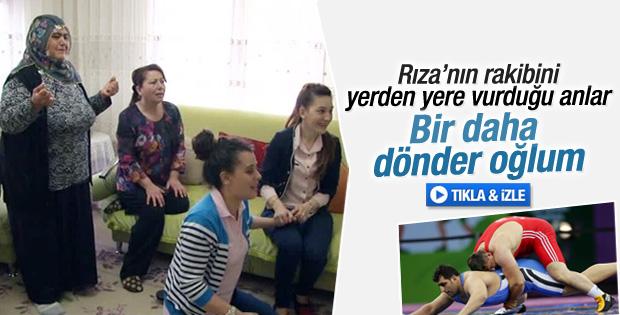 Rıza Kayaalp'in mücadelesini ailesi TV'den takip etti