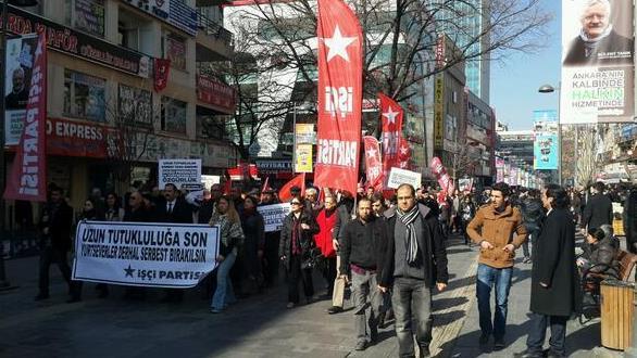 İşçi Partisi üyelerinden Meclis önünde eylem