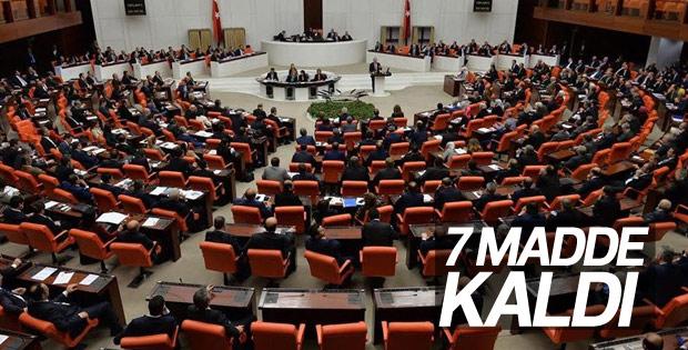 Anayasa değişiklik teklifinde 9., 10. ve 11. maddeler kabul edildi