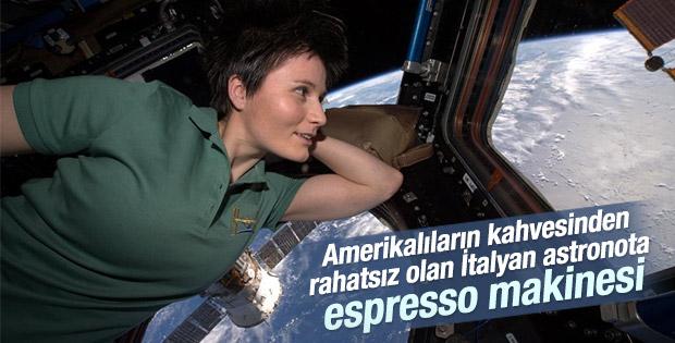 Falcon 9 roketinde espresso makinesi