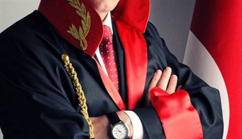 Savcı Uğur Yaşar Güngör'ün dava dosyası çantası çalındı