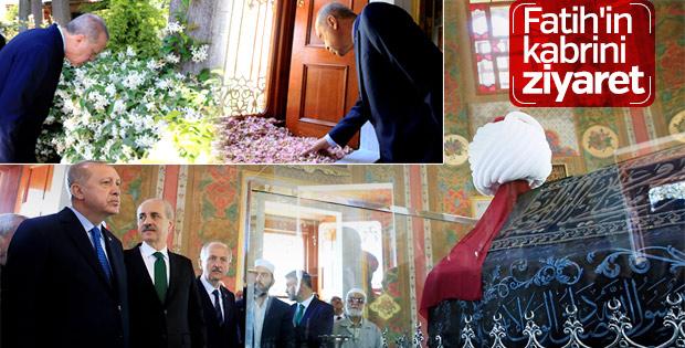 Erdoğan, Fatih Sultan Mehmet Türbesi'nin açılışını yaptı