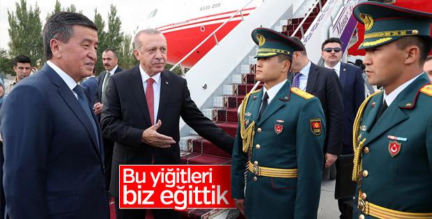 Başkan Erdoğan Türkiye'nin yetiştirdiği teğmenlerle buluştu