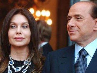 Silvio Berlusconi resmen boşandı