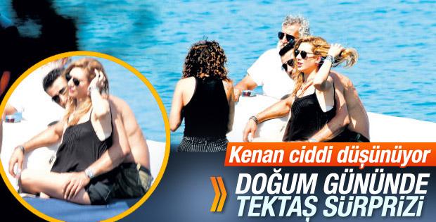 Kenan İmirzalıoğlu Sinem Kobal'a tektaş aldı