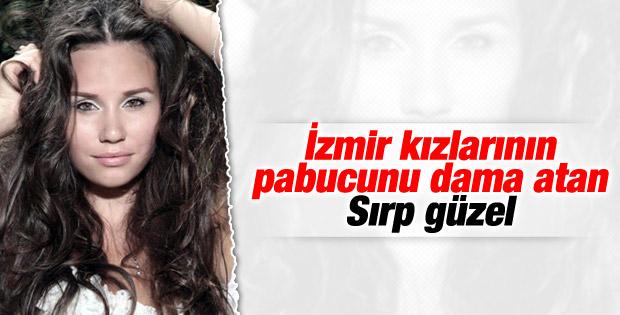 Sırp güzel İzmir'deki Kemeraltı'nı dünyaya tanıtacak