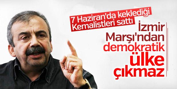 Sırrı Süreyya Önder'in İzmir Marşı rahatsızlığı