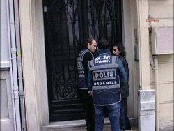 Soner Yalçın'ın evinde polis araması - izle