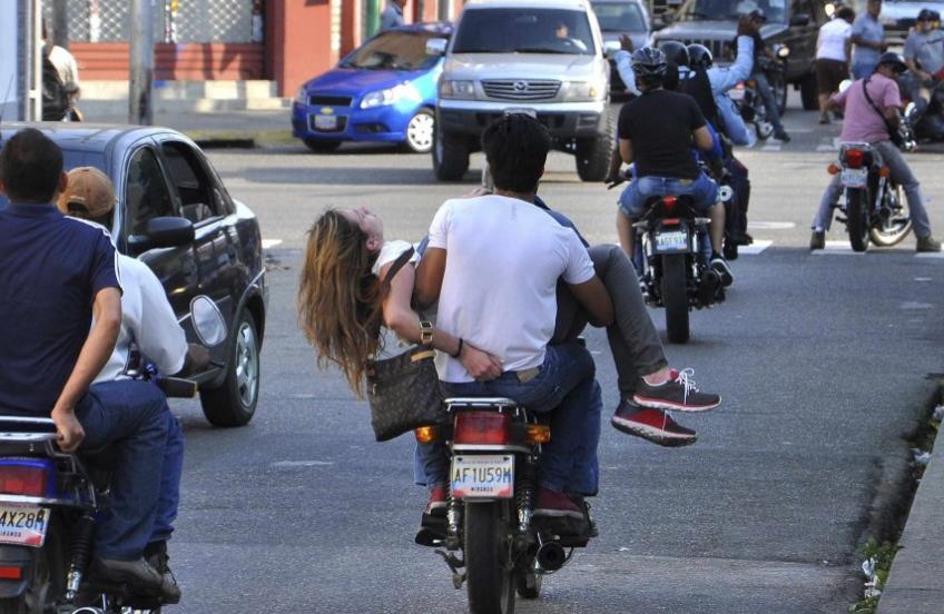 Venezuela'nın turizm güzeli Genesis Carmona vefat etti