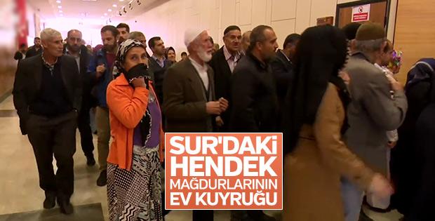 Diyarbakır'da terör mağdurları evlerine kavuşuyor