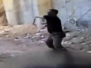 Suriye'de çocuklara işkence görüntüleri - Video