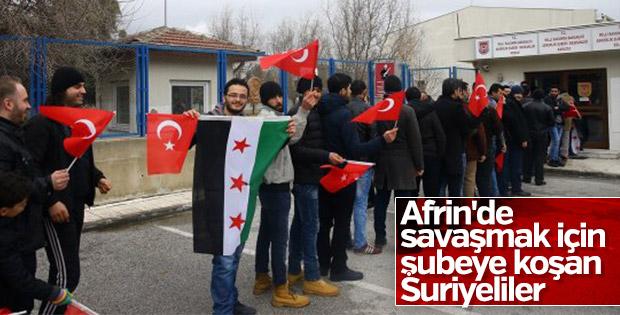 Suriyeli sığınmacılardan gönüllü askerlik başvurusu