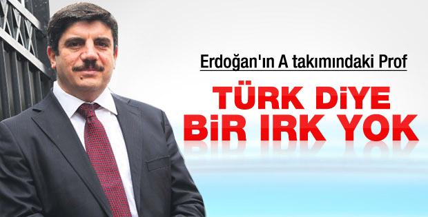 Ak Partili Yasin Aktay: Türk diye bir ırk yok