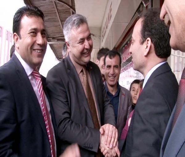 Şanlıurfa'da BDP'li Baydemir ile MHP'li Saraçoğlu el ele