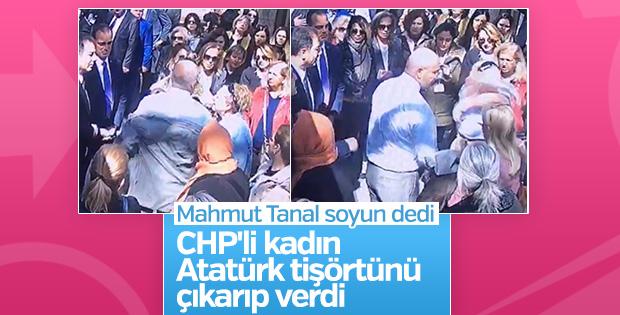 Meclis önünde CHP eylemi: Soyunup tişörtünü vekile verdi
