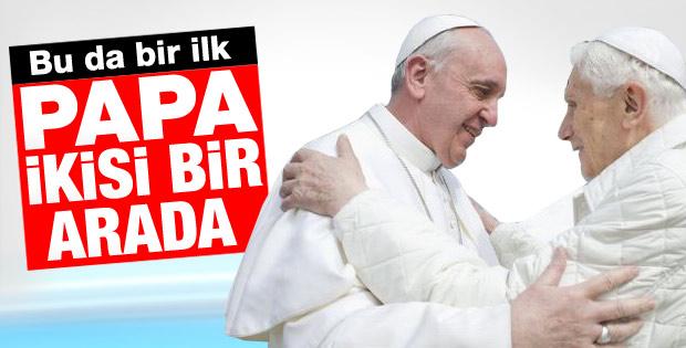 Tarihte bir ilk: 2 Papa bir arada