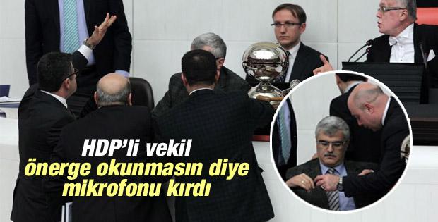 HDP'li Zozani TBMM'de mikrofon kırdı