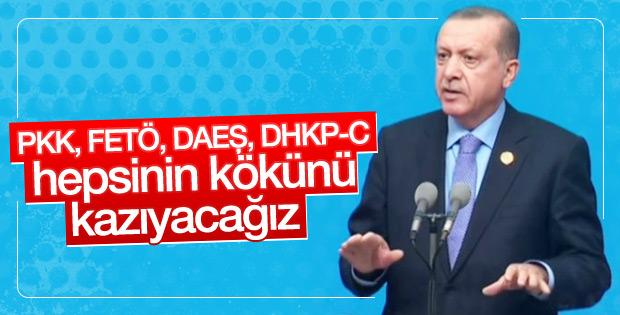 Erdoğan'dan FETÖ'yle mücadelede kararlılık mesajı