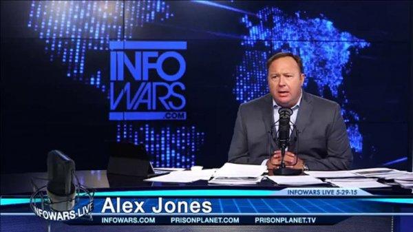 Komplo teorisyeni Alex Jones'a sosyal medya engeli