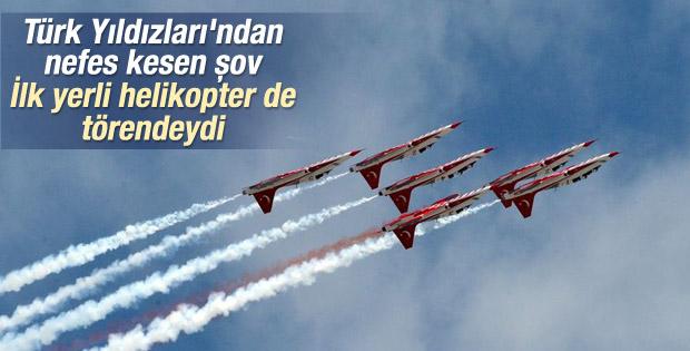 Türk Yıldızları'ndan nefes kesen şov İZLE