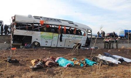Yolcu otobüsü kazaları bakanlığı harekete geçirdi